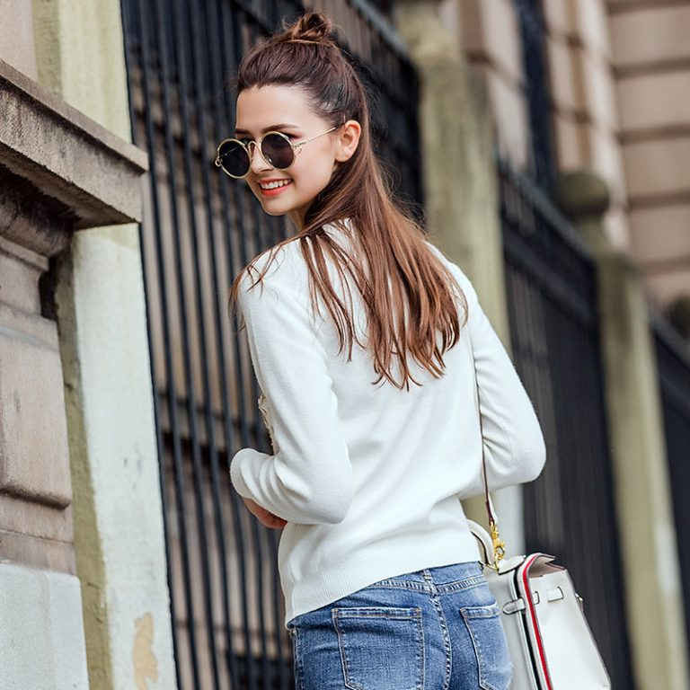 Guide for Wearing Cardigan Sweaters For Women